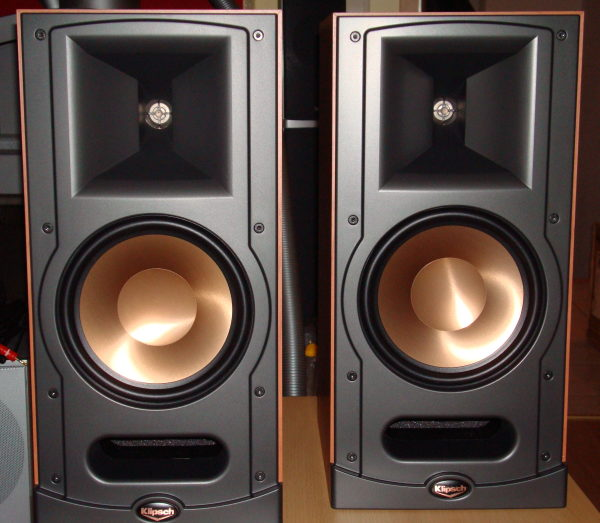 test stereo lautsprecher klipsch reference rb 81. Black Bedroom Furniture Sets. Home Design Ideas
