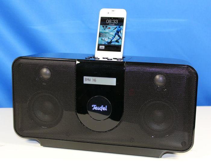 test teufel xxl iphone ipod radio iteufel magnum. Black Bedroom Furniture Sets. Home Design Ideas