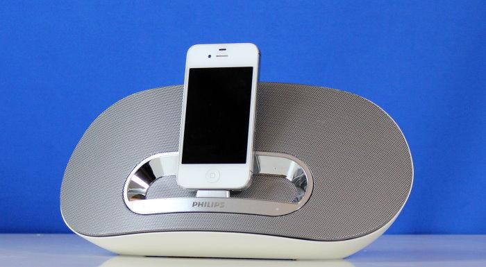 test philips ds3600 kompaktes ipod iphone ipad dock mit bluetooth funktion. Black Bedroom Furniture Sets. Home Design Ideas