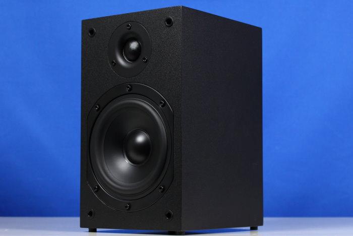 test teufel 7 1 lautsprechersystem viton 71 leistungsf higkeit f r 600 eur. Black Bedroom Furniture Sets. Home Design Ideas