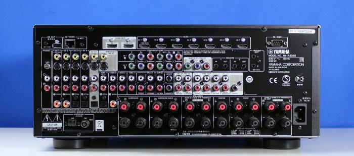 Yamaha_RX-A3020_Rueckseite.jpg