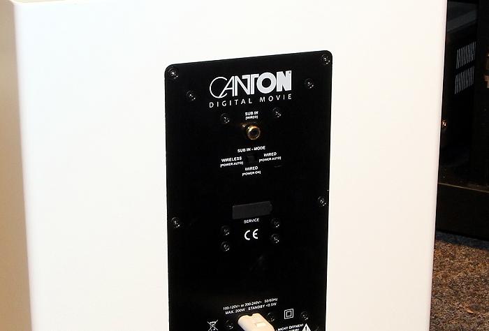 Canton DM900 Sub Anschluesse Rueckseite