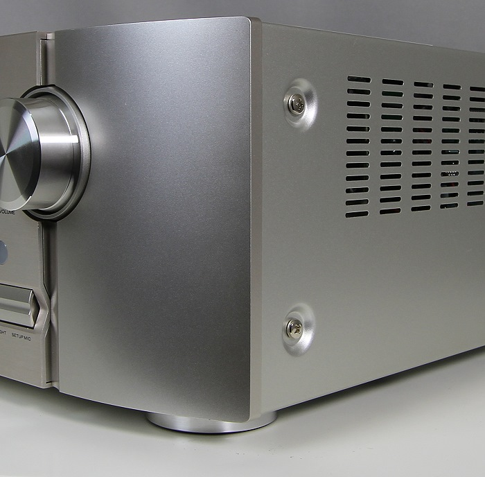 Marantz SR6008 Verarbeitung2