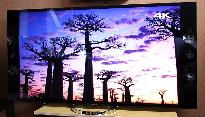 Sony-KD65X9005-Front-Seitlich4