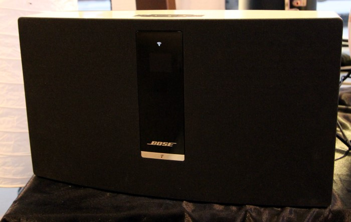 test bose soundtouch portable 20 30 wifi musiksysteme area dvd. Black Bedroom Furniture Sets. Home Design Ideas
