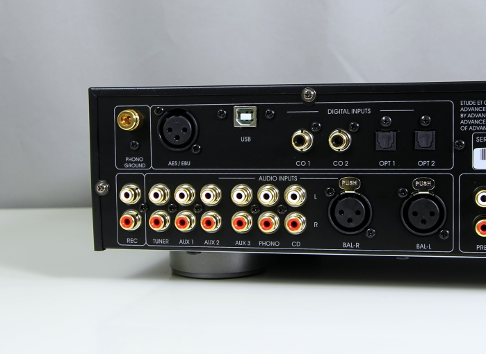 Advance Acoustic X-Preamp Anschluesse Rueckseite1