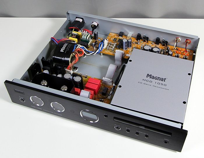Magnat MCD1050 Innenleben Gesamt1