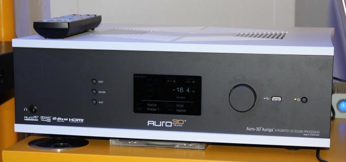 Auro 3D Auriga Front Seitlich2