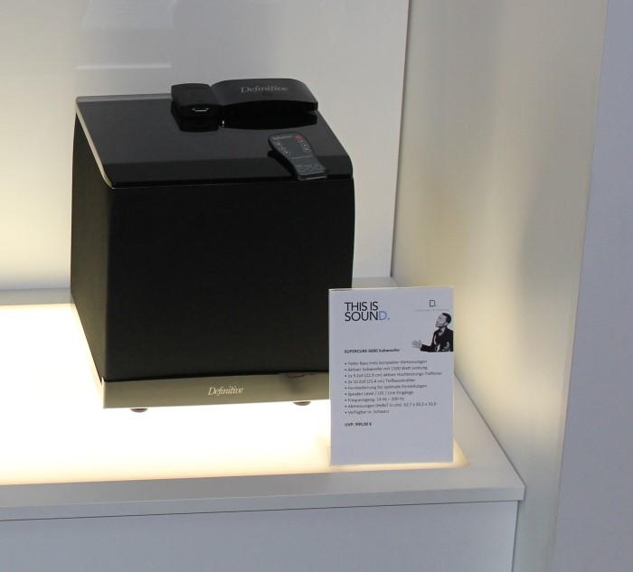 definitive_technology_supercube6000
