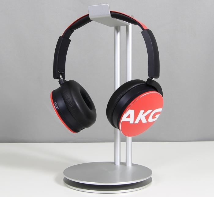 AKG Y50 2