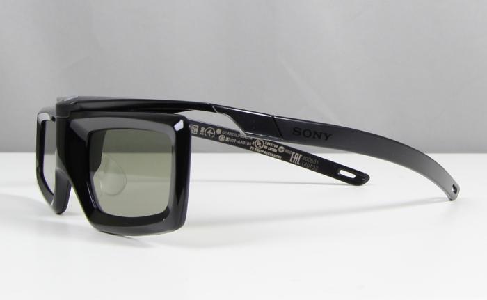 Sony KD65X9005B 3D Brille1