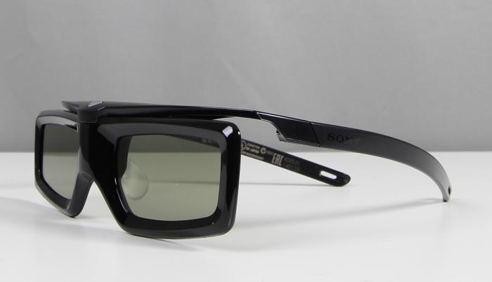 Sony KD65X9005B 3D Brille2