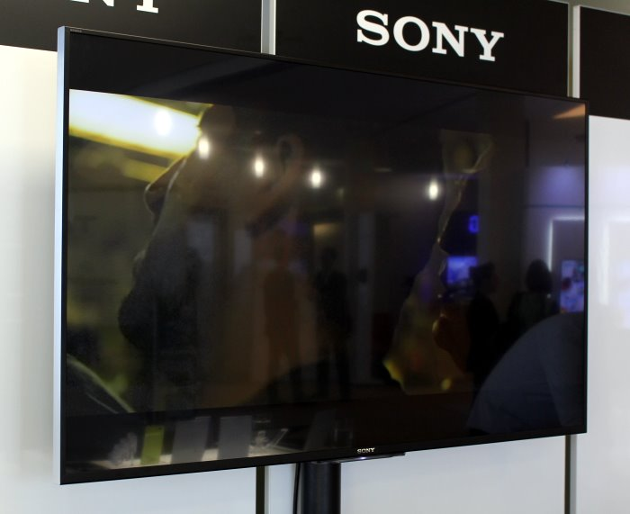 sony_kd55x8505_front2