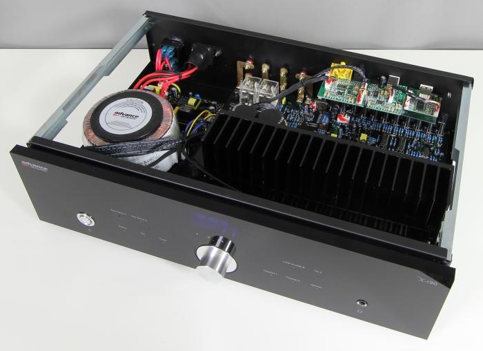 Advance Acoustics X-i90 Innenleben Gesamt