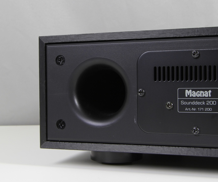 Magnat Sounddeck 200 Bassreflexrohr