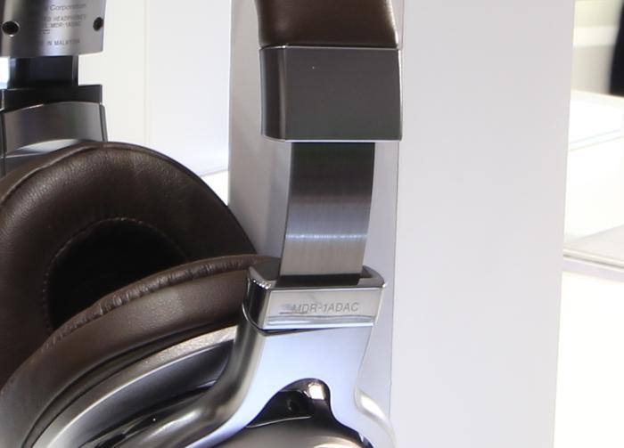 Sony MDR-1A DAC Detail1