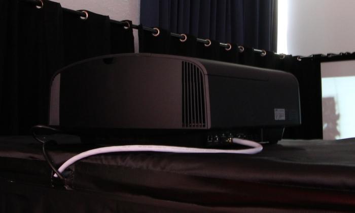Home Cinema Trends 2014 Sony VPL-VW500