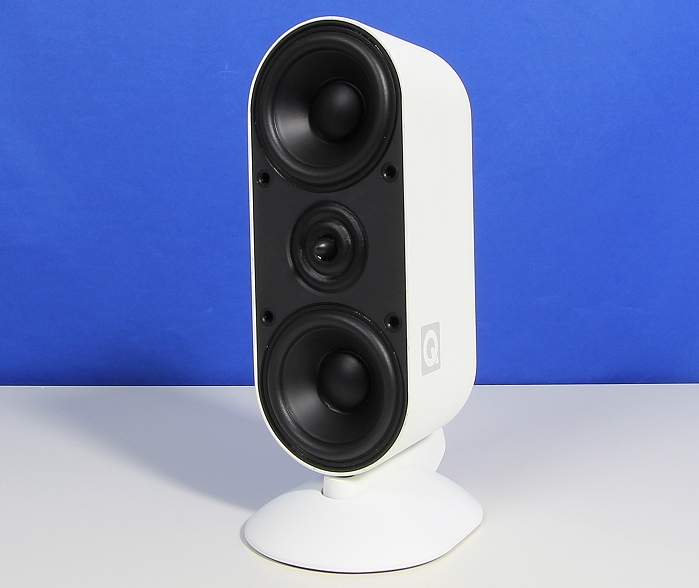 Q Acoustics 7000i Speaker Front Seitlich2