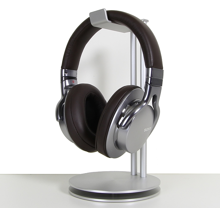 Sony MDR-1A Front Seitlich2