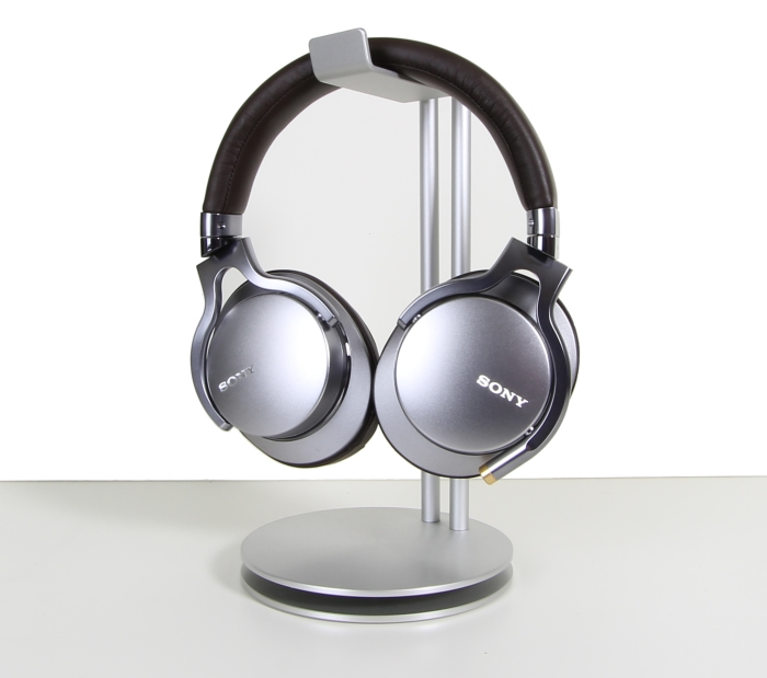 Sony MDR-1A Front Seitlich3