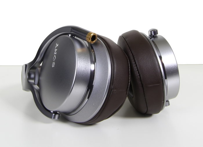 Sony MDR-1A Unterseite