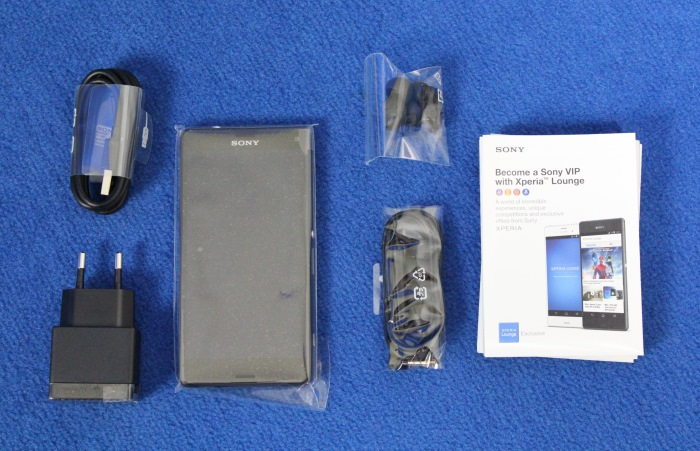 Sony Xperia Z3 Compact Lieferumfang