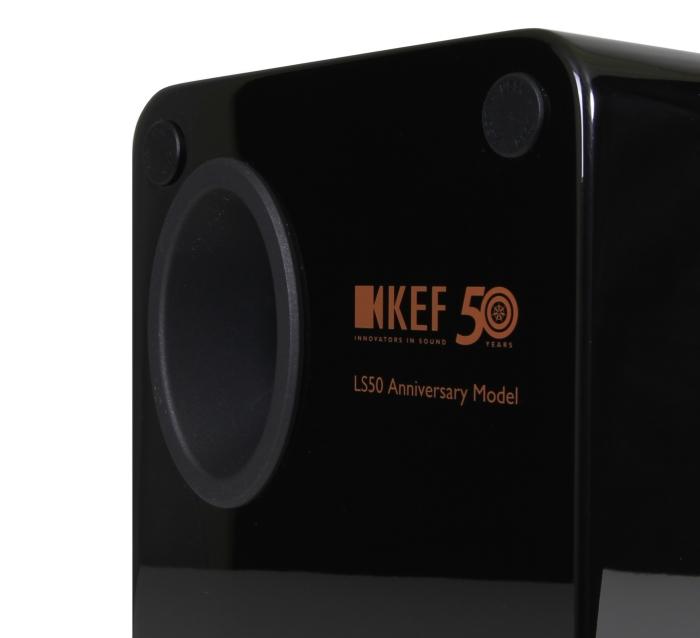 KEF LS50 Bassreflexrohr