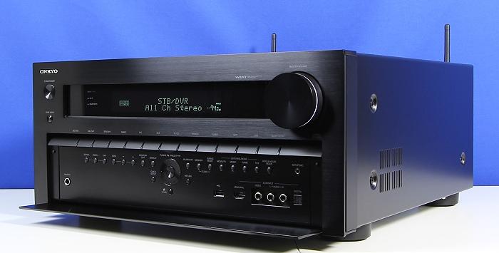Onkyo TX-NR3030 Front Seitlich7