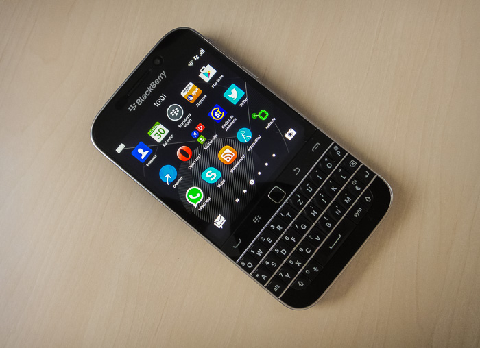 test blackberry classic tastatur handy mit android apps. Black Bedroom Furniture Sets. Home Design Ideas