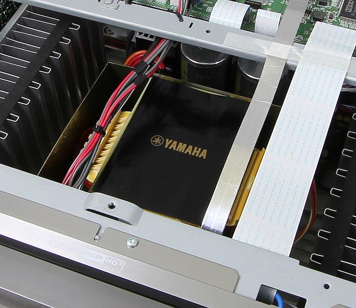 Yamaha RX-A3040 Innenleben1