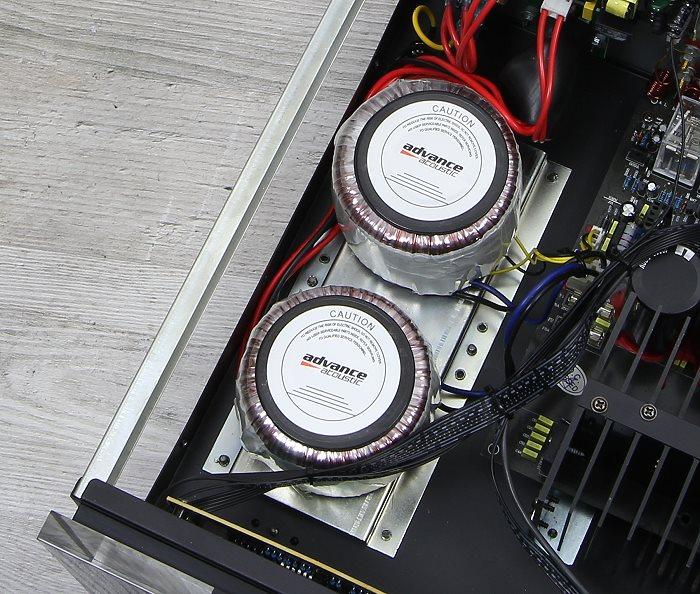 Advance Acoustic X-i120 Innenleben1
