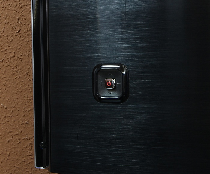 Samsung UE65JS9590 Bedienelement Rueckseite