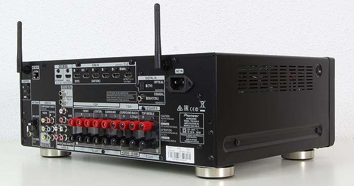 Pioneer VSX-930 Rueckseite Seitlich