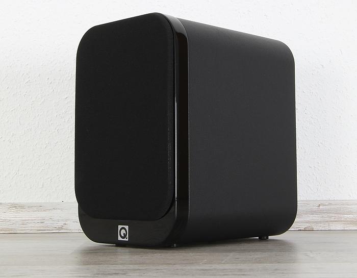 Q-Acoustics 3000 Serie 3010 Front Seitlich1
