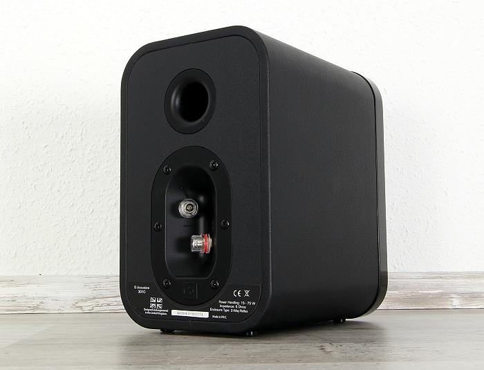 Q-Acoustics 3000 Serie 3010 Rueckseite Seitlich