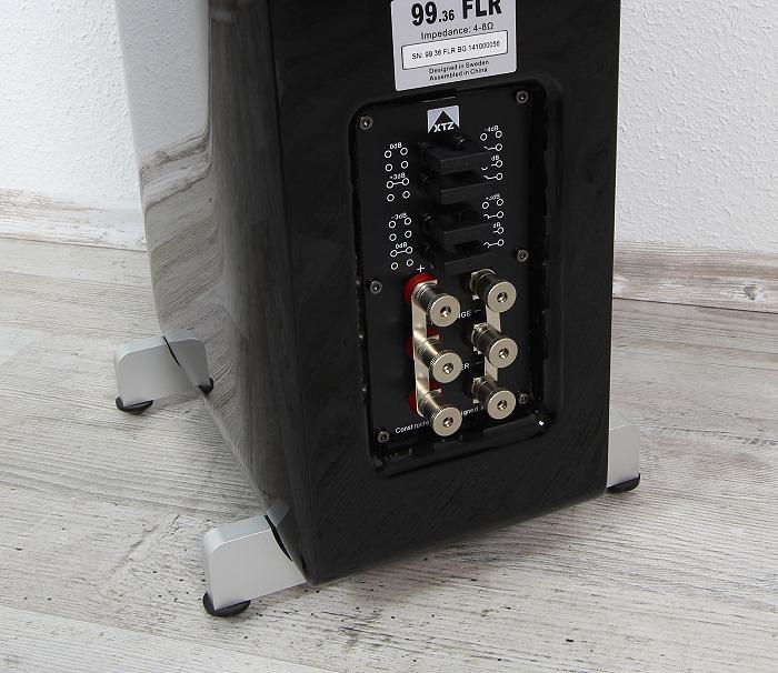 XTZ 99.36 FLR Anschluesse Rueckseite2