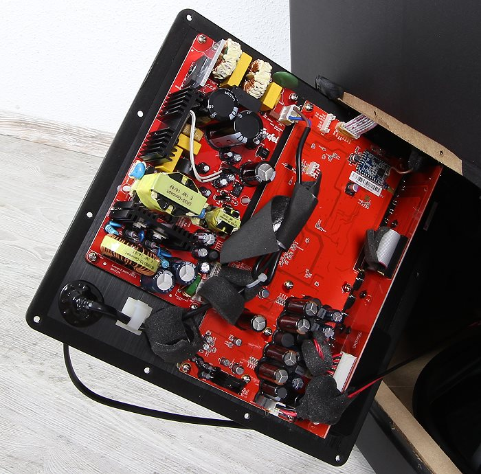 Teufel Concept E450 Digital CM2014SW Innenleben Gesamt