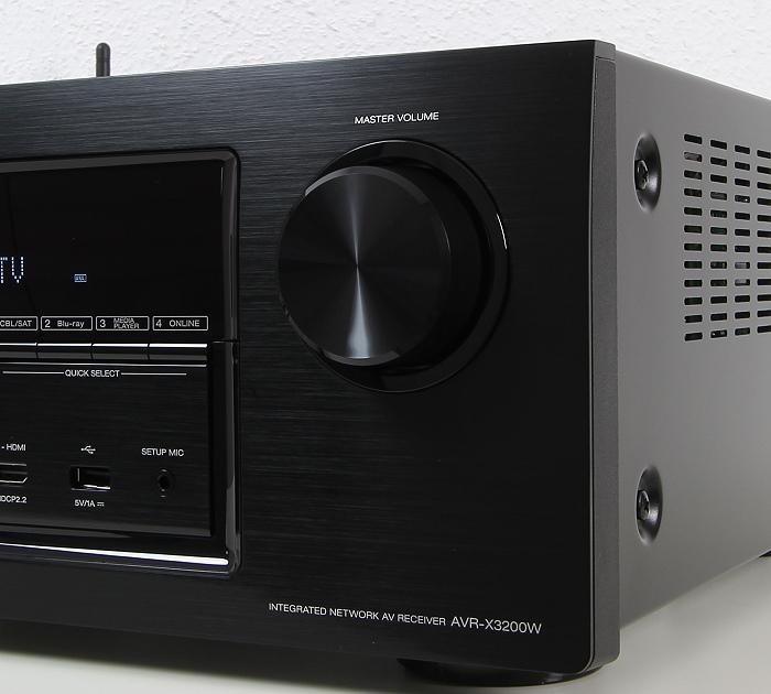 Denon AVR-X3200W Bedienelemente Front1