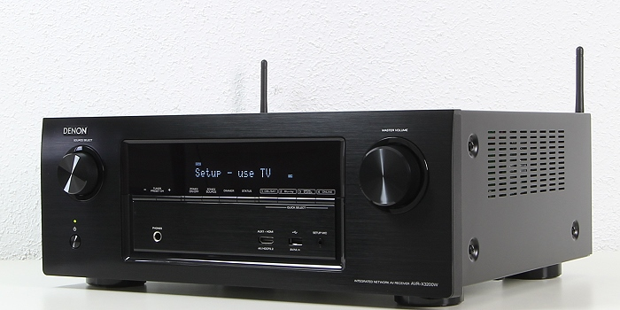 Denon AVR-X3200W Front Seitlich2