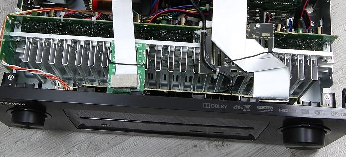 Denon AVR-X3200W Innenleben2