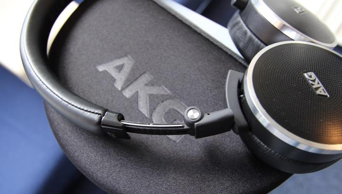 AKG N60 Groessenverstellung
