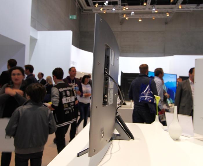 Samsung 40 Zoll S9 Seite