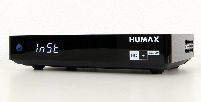 Humax HD Fox Twin Front Seitlich1