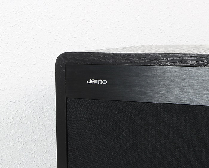 Jamo Sub660 Detail Front
