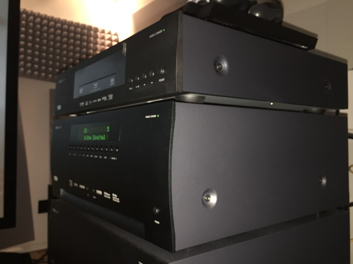 arcam_avr950_finish_side
