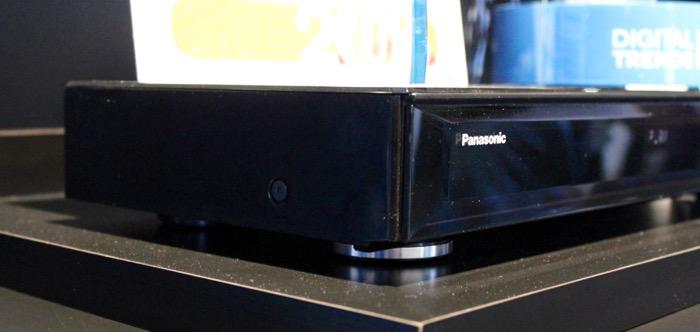 Panasonic_DMP_UB900_seite