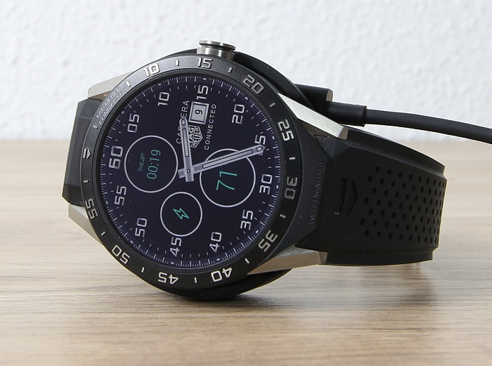 Tag Heuer Carrera Connected 8