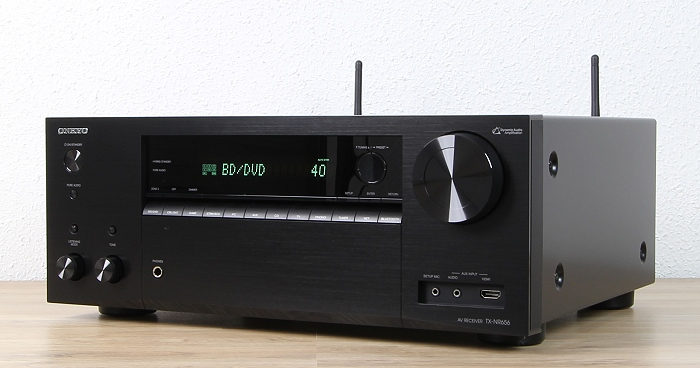 Onkyo TX-NR656 Front Seitlich2