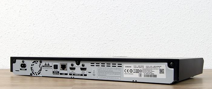 Samsung UBD-K8500 Rueckseite Seitlich