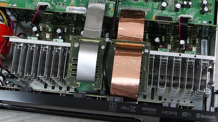 Denon AVR-X1300W Innenleben2